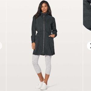 Lululemon Pack & Glyde Jacket Black Size 4